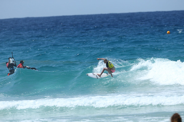 Roxy 2014 Day 1 Heat 6 #0126