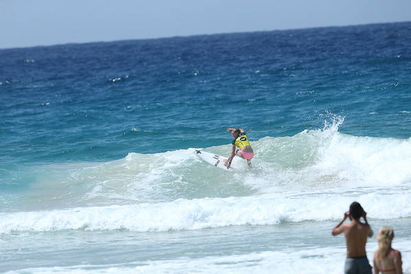 Roxy 2014 Day 1 Heat 6 #0112