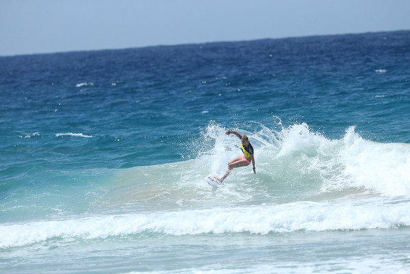Roxy 2014 Day 1 Heat 6 #0117