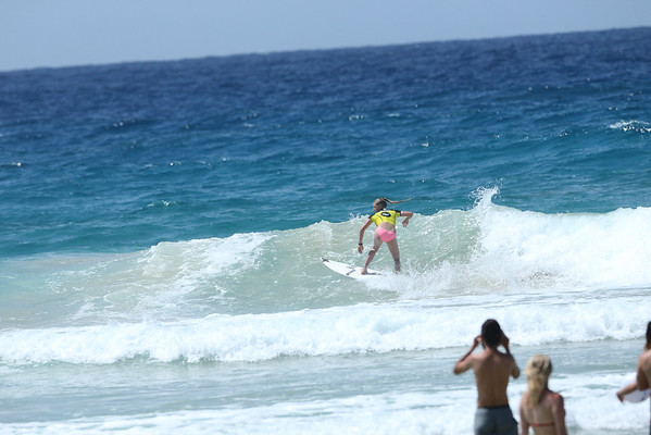Roxy 2014 Day 1 Heat 6 #0110