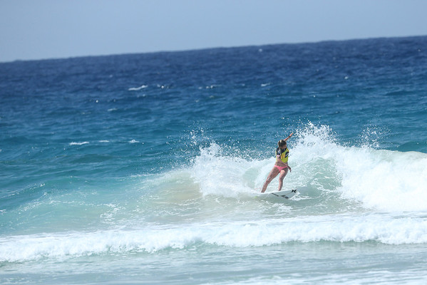 Roxy 2014 Day 1 Heat 6 #0121