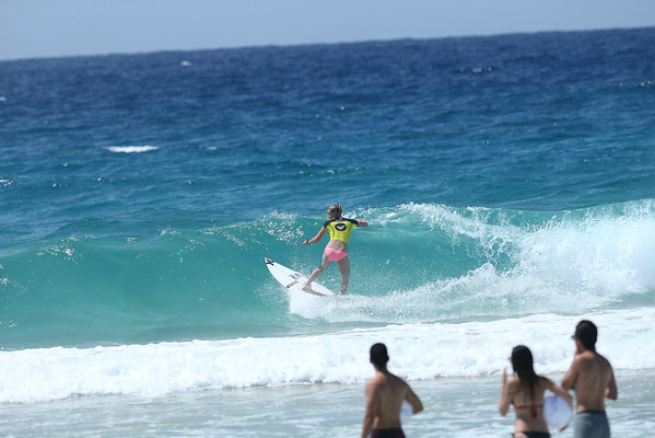Roxy 2014 Day 1 Heat 6 #0190
