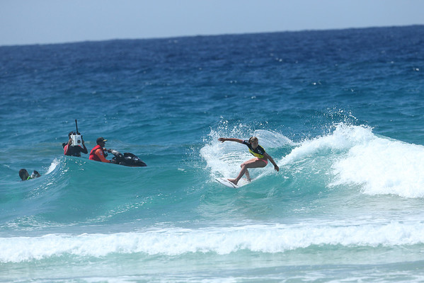 Roxy 2014 Day 1 Heat 6 #0129