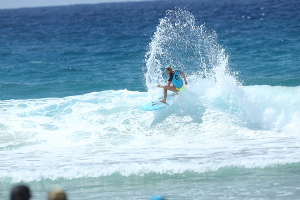 Roxy 2014 Day 1 Heat 6 #0182