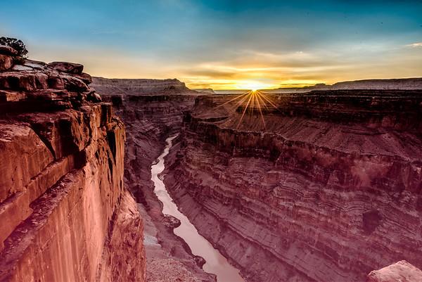 Nikon D810 Sunrise Photos of Toroweap (Tuweep) Overlook Grand Canyon Arizona! Dr. Elliot McGucken Fine Art Landscape & Nature Photography